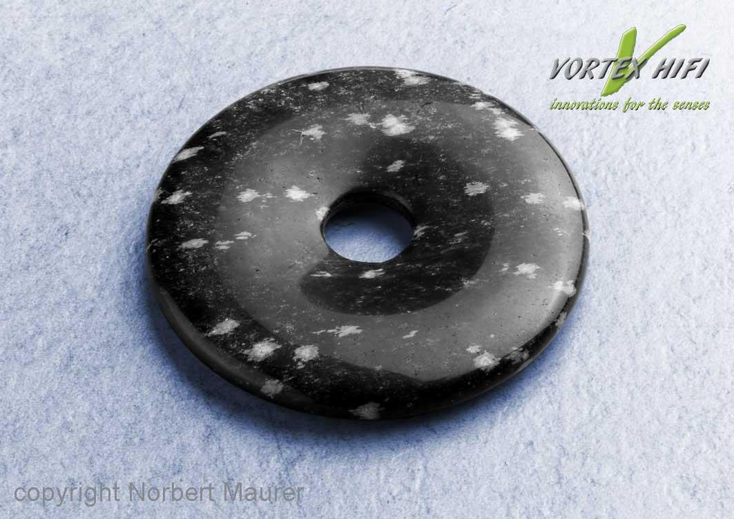 Vortex HiFi A.I.O. Donut 40. Dient zur Entstressung des Menschen. Der Donut ist am Körper zu tragen.